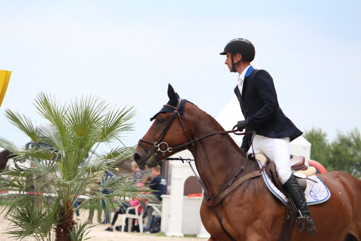 """Eugène Mathy : """"Tot hiertoe lijkt de gemiddelde kwaliteit van paarden goed. Daarbij gaat alles ondanks het grote aantal paarden goed."""""""