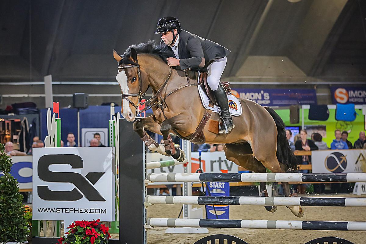 Danny Van Es wint Gold Grand Prix Azelhof