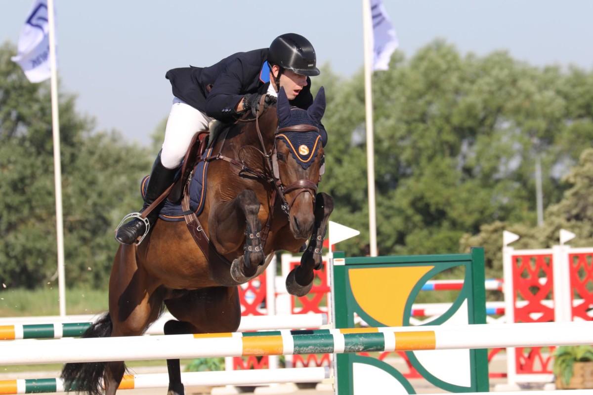 Hendrik Denutte wint in MET, Jérome Guery sterk tweede
