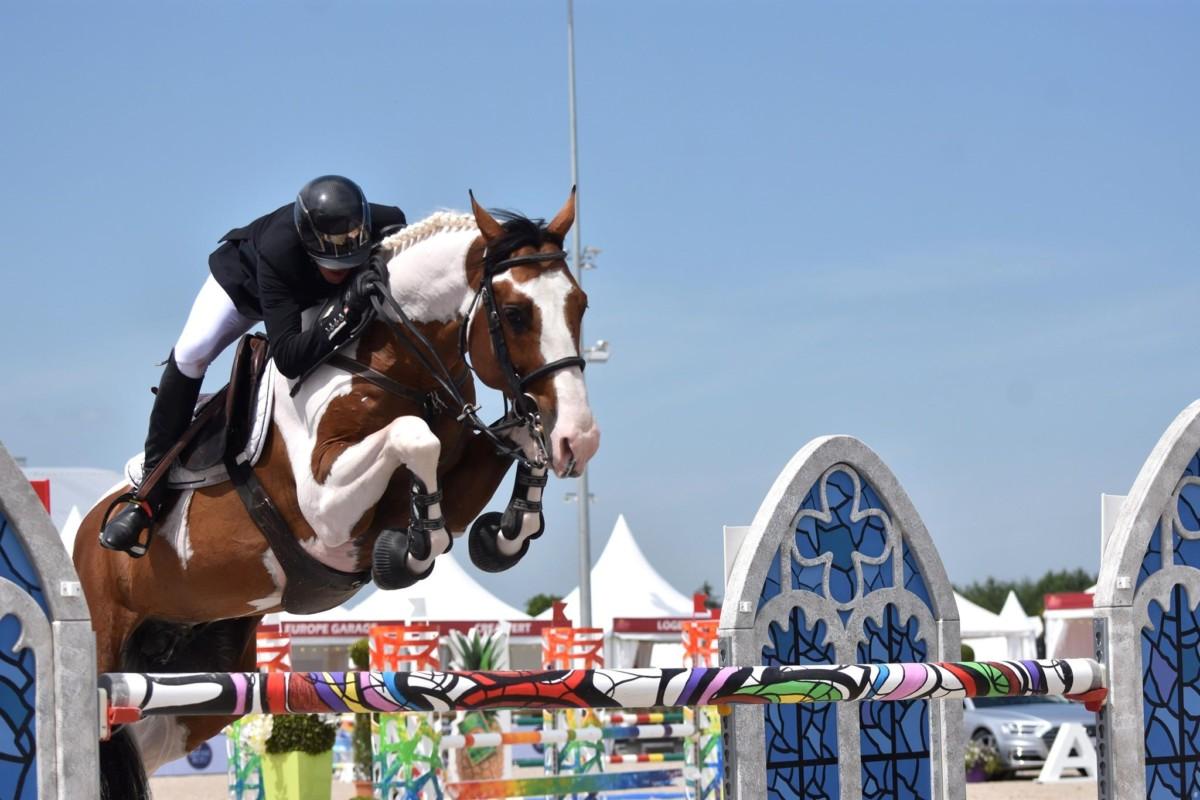 Rik Hemeryck steers painted stallion Ulyss Morinda to CSI3* victory at Knokke Hippique