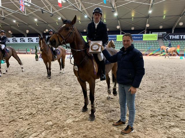 Stive Hoflack wint Grote Prijs Ruitershof Cavallo