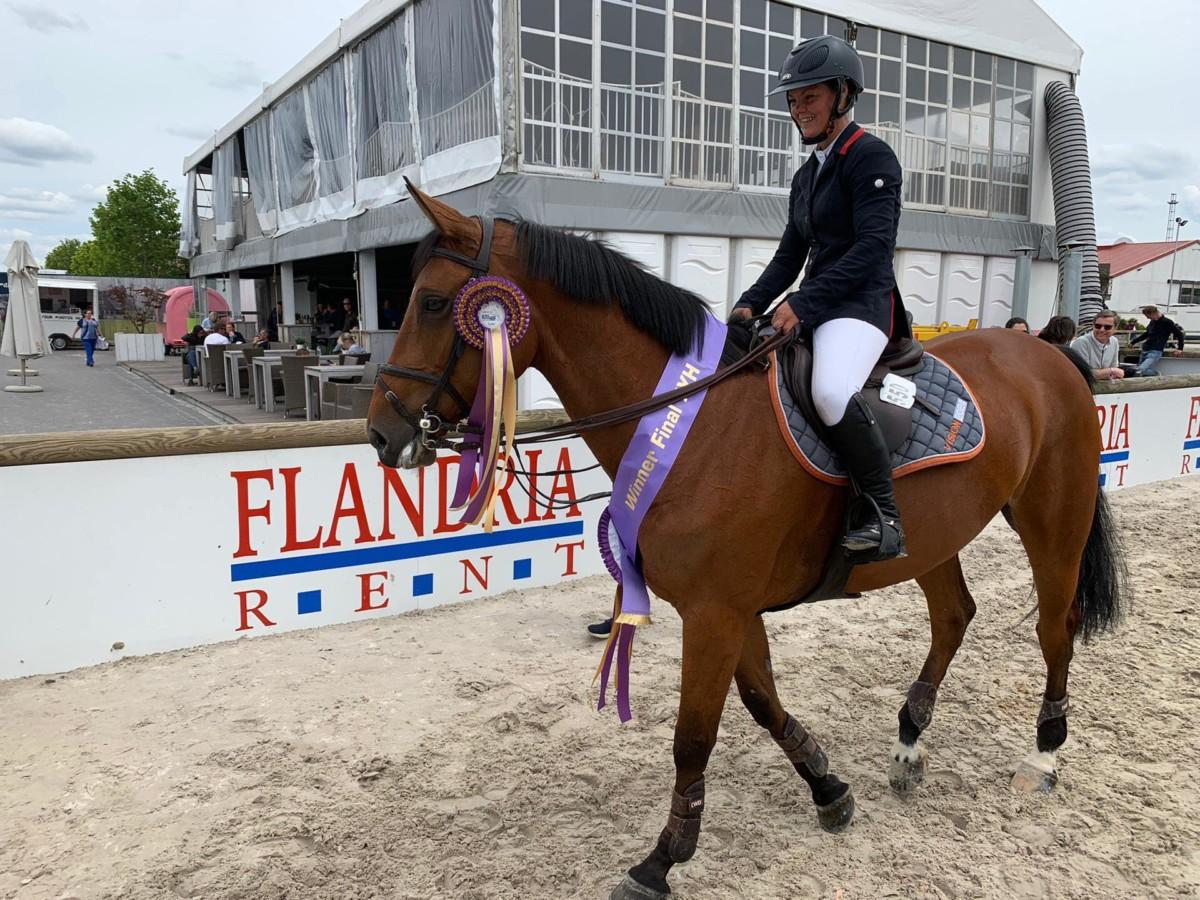 Knokke : Mélanie Gelin en tête lors de la rubrique pour les chevaux de sept ans.