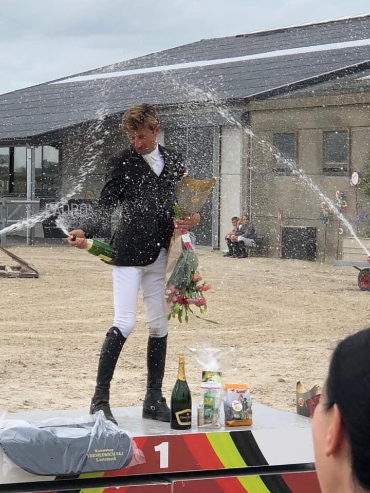 Perry Geryl kroont zich West-Vlaams springkampioen