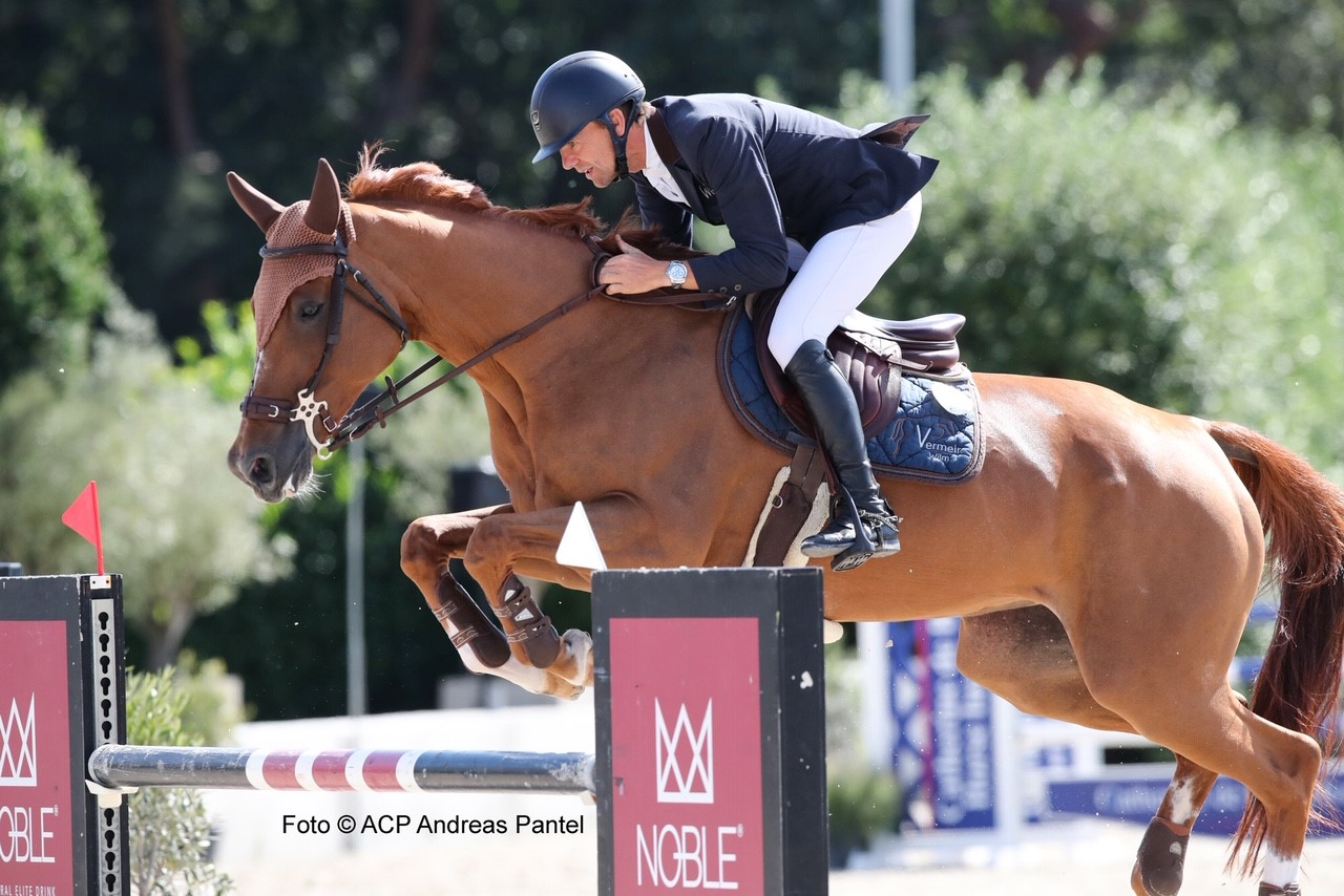 Guy Williams claims first place in CSI3* of Bonheiden