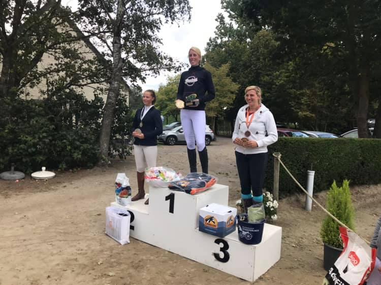 Emma Souffriau, Shana Weyn en Heleen Daelewijn winnen eerste Vlaams Eventing kampioenschap