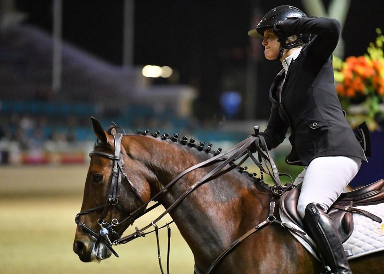 Bond records brilliant Longines FEI World Cup victory in Del Mar