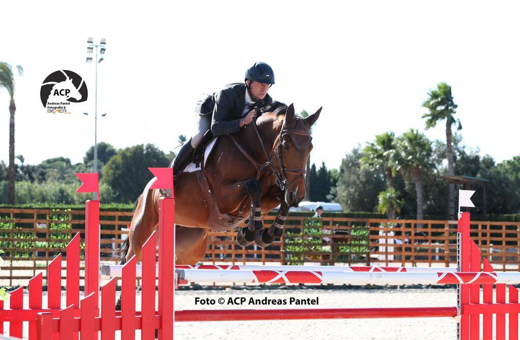 Elisa Strubbe en Vincent Lambrecht triomferen in Valencia