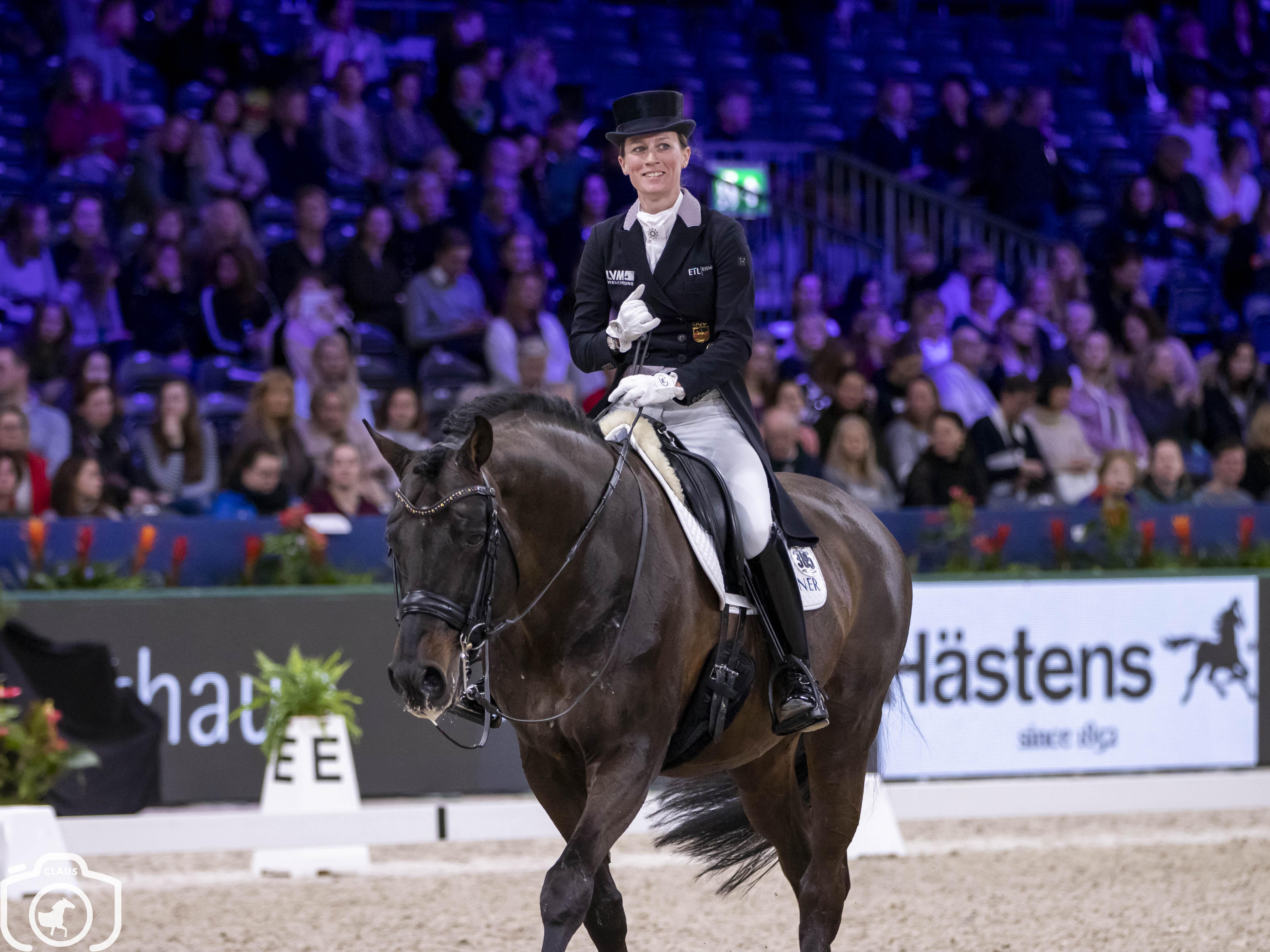 Petra van Esch moet enkel Helen Langehanenberg voor laten gaan in Prix ST Georges Neumunster