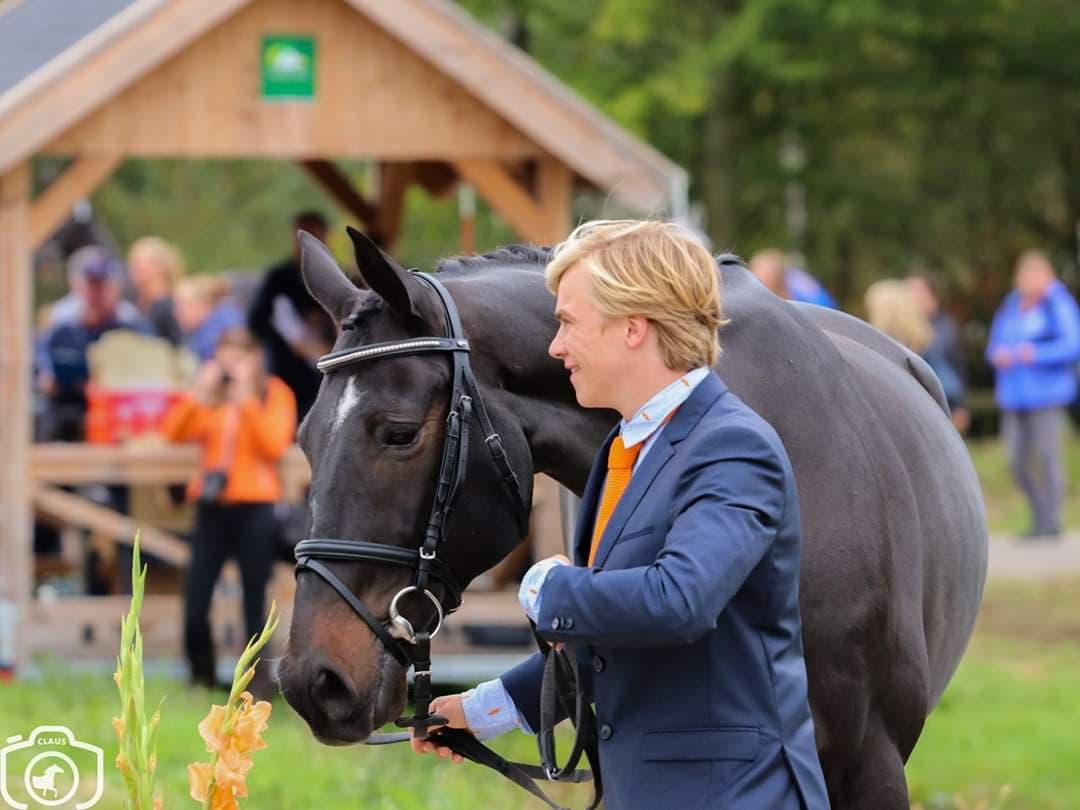 """Corona-blog met Jordy Wilken: """"Ik heb er nu weer een nieuw springpaard bij"""""""