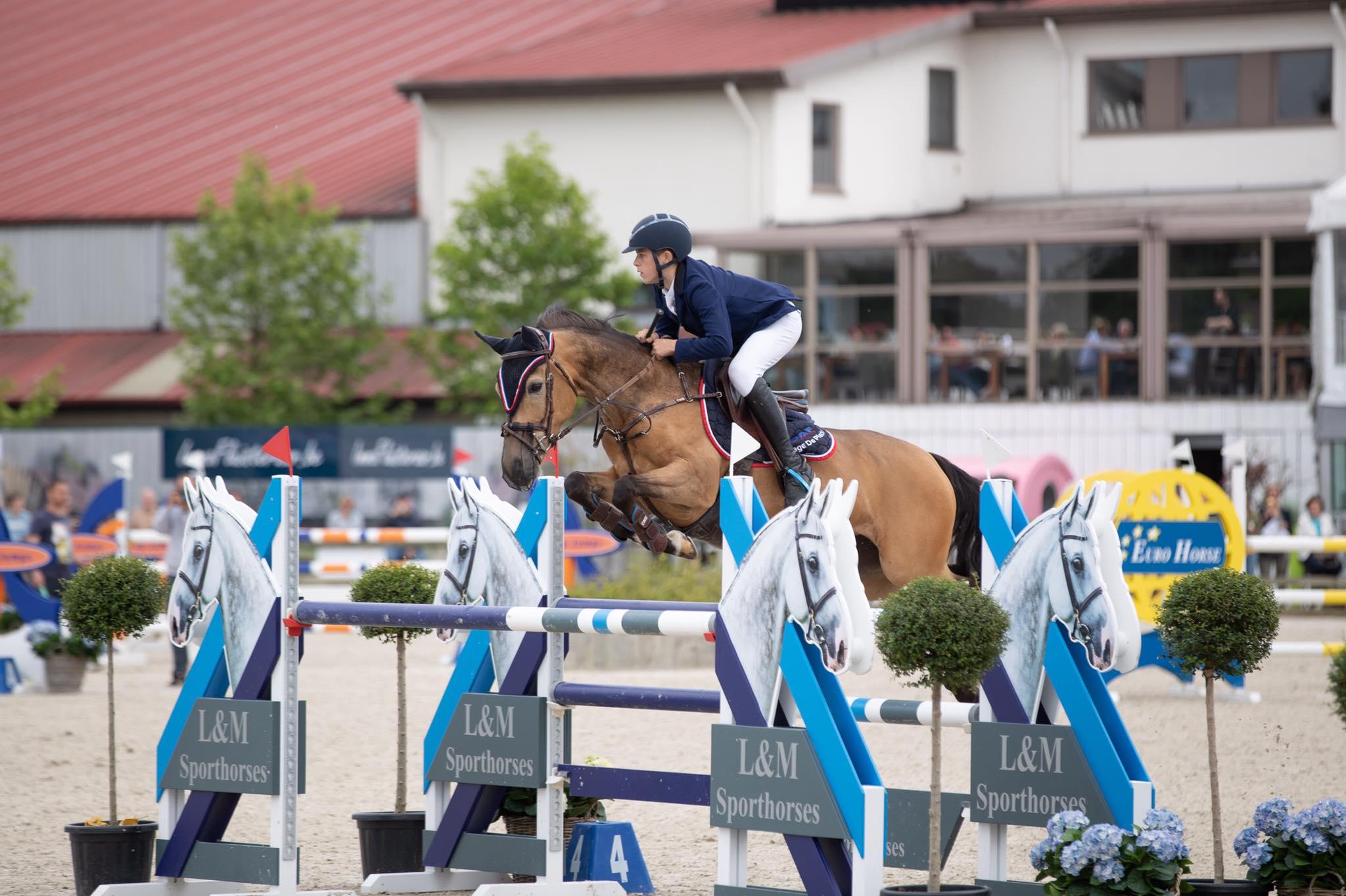 Vic De Plecker en Jonas Van Dijck aan de leiding van BK pony's