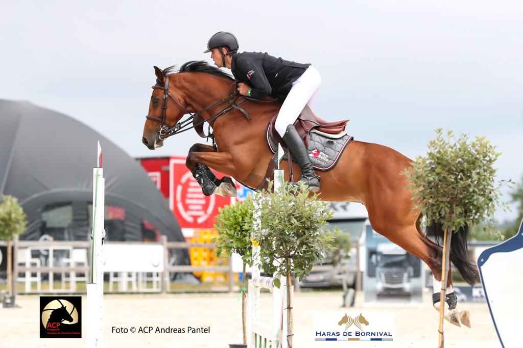 Andres Vereecke stays ahead of Howley and Allen in GP Qualifier Oliva
