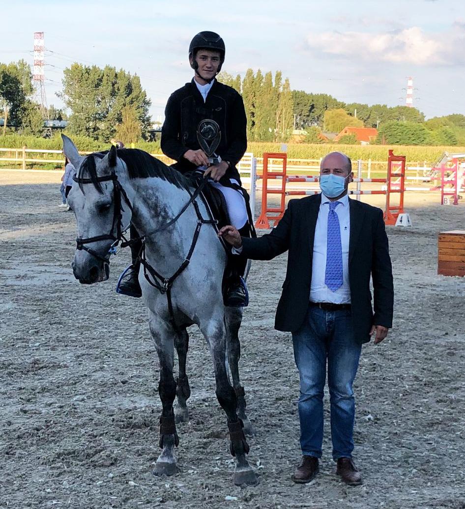 Anouk Van Kerrebroeck en Louis Pues scoren in Melsele