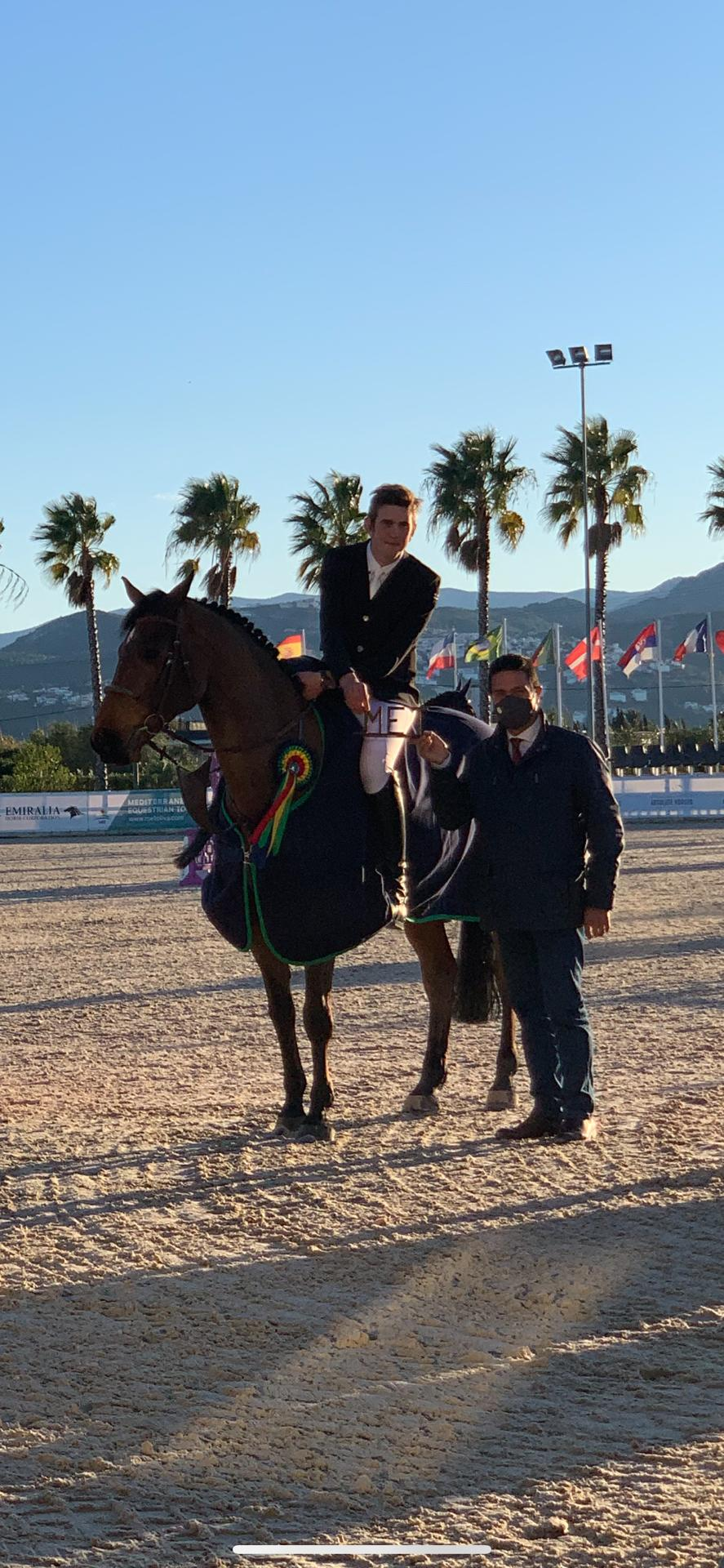 Andres Vereecke jumps to victory in ranking class Oliva