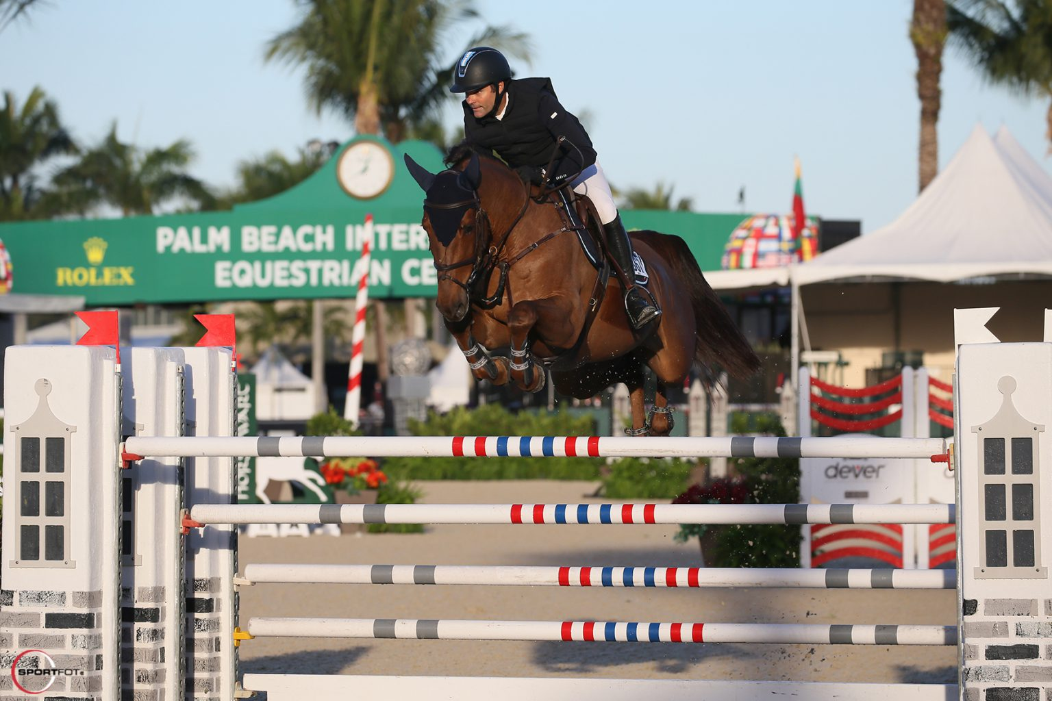Quintana takes main victory during opening day WEF