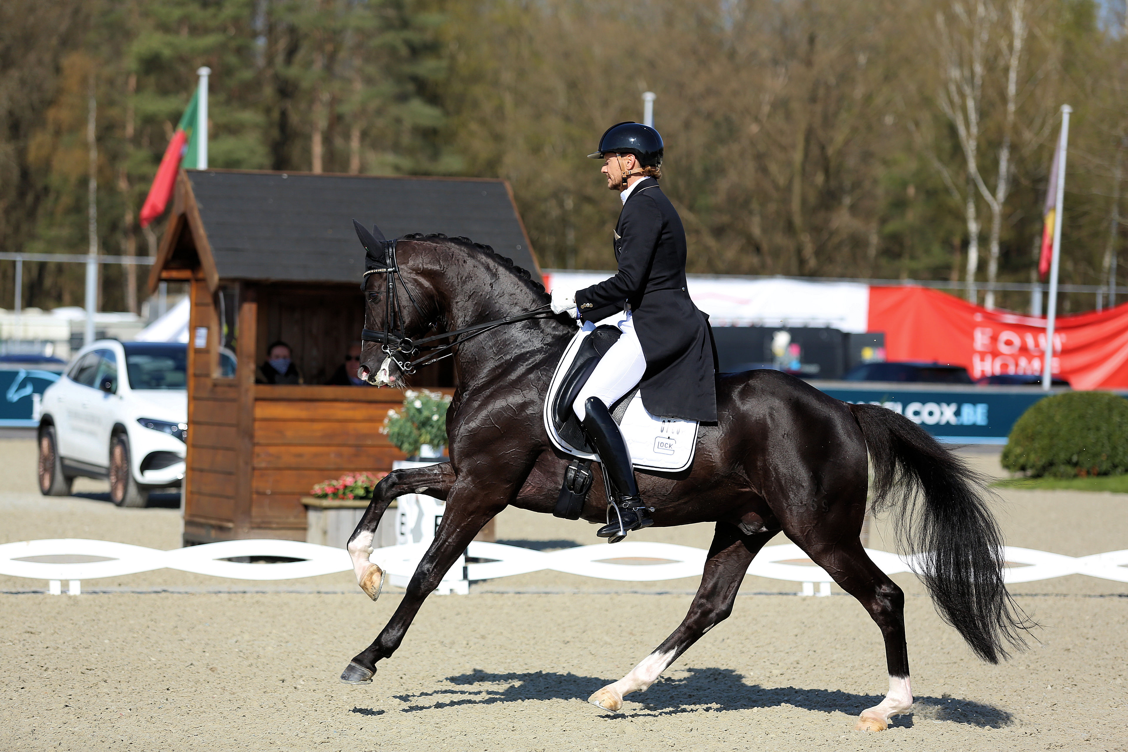 Edward Gal rides to victory with both Toto Jr and Total US in Exloo