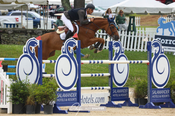 Rodrigo Pessoa and Venice Beach race to the finish in Upperville Speed Stakes CSI4*