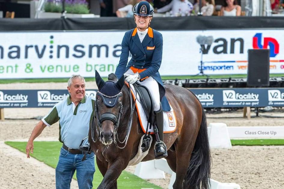 """Dinja van Lieren: """"Door corona blijft het olympisch gevoel een beetje uit, daar helpen de lege tribunes niet bepaald bij"""""""