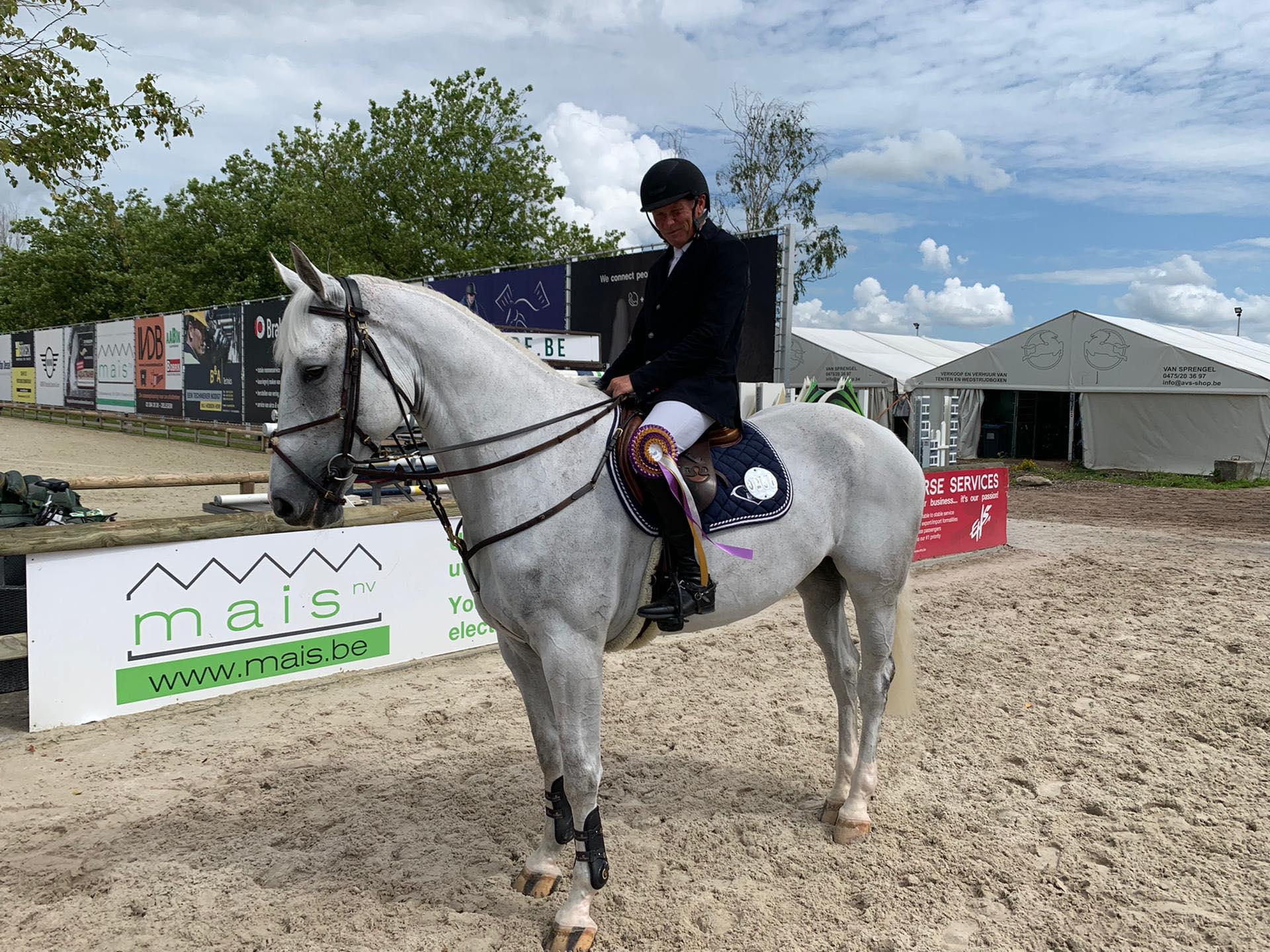 Deuxième place pour Dirk Demeersman à Azelhof, top 10 pour Katja Haep.