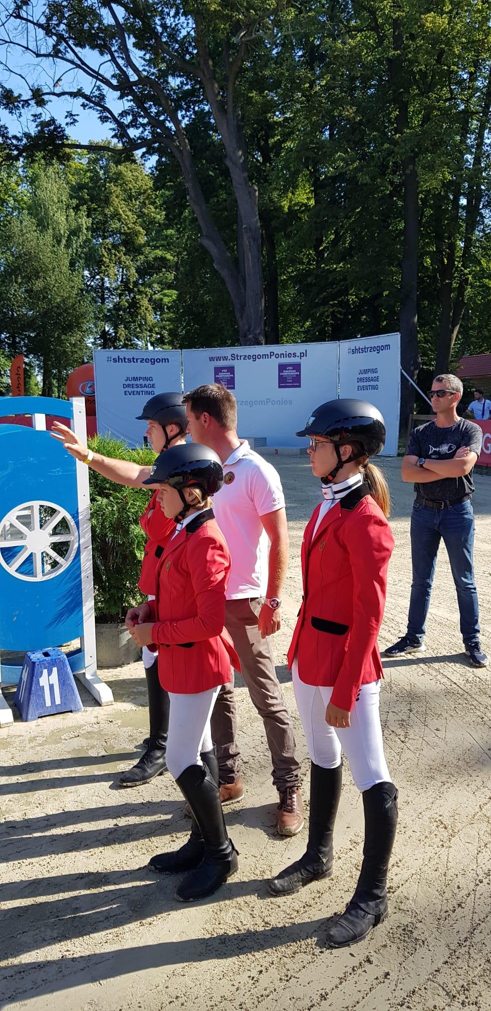 Belgische pony eventingruiters knap vierde op EK