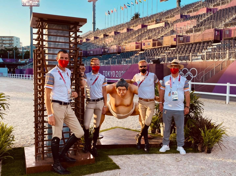 In beeld: Belgische Olympische springruiters verkennen het parcours