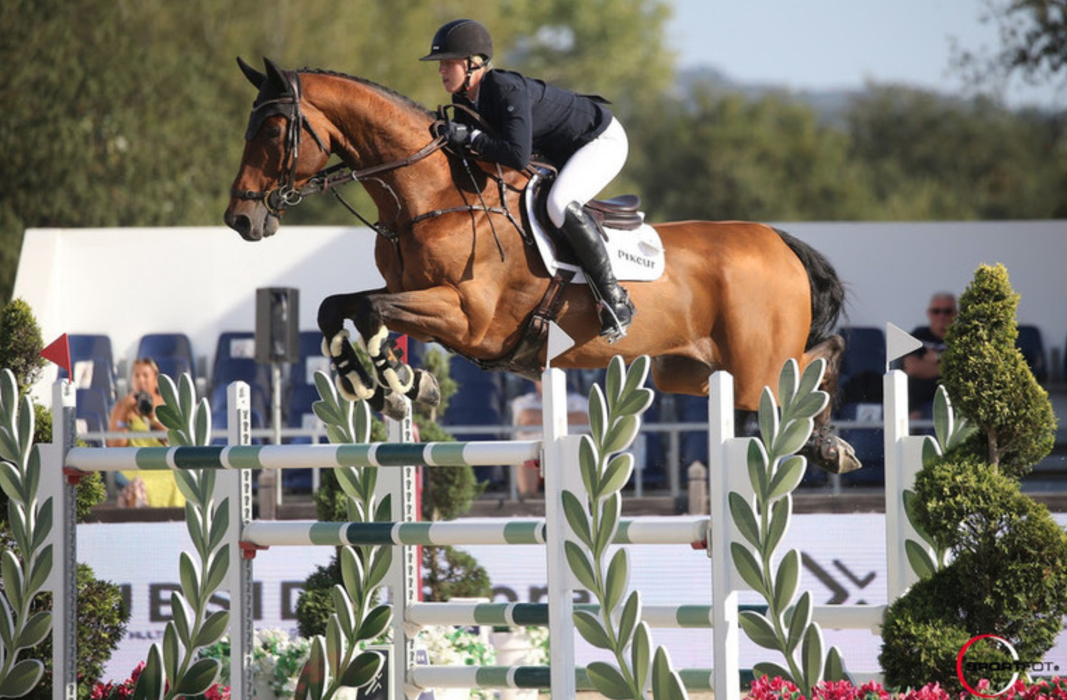 Holly Smith jumps to second ranking win of the weekend
