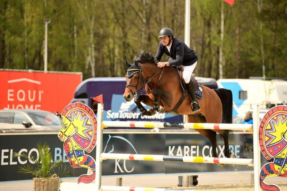Christophe Vanderhasselt ziet Grand Prix paard naar Gilles Detry vertrekken