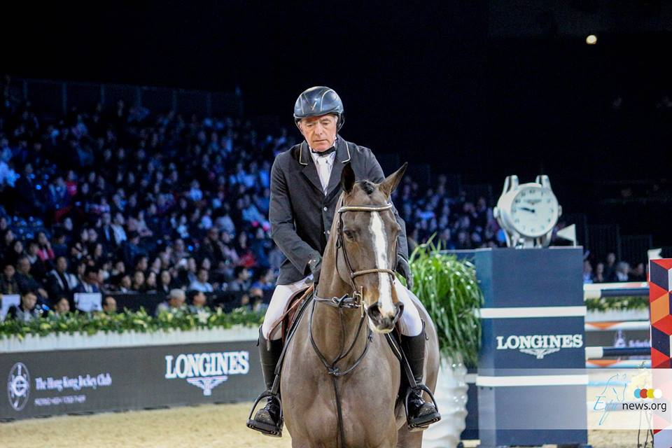 John Whitaker forfeits World Cup participation after collarbone fracture