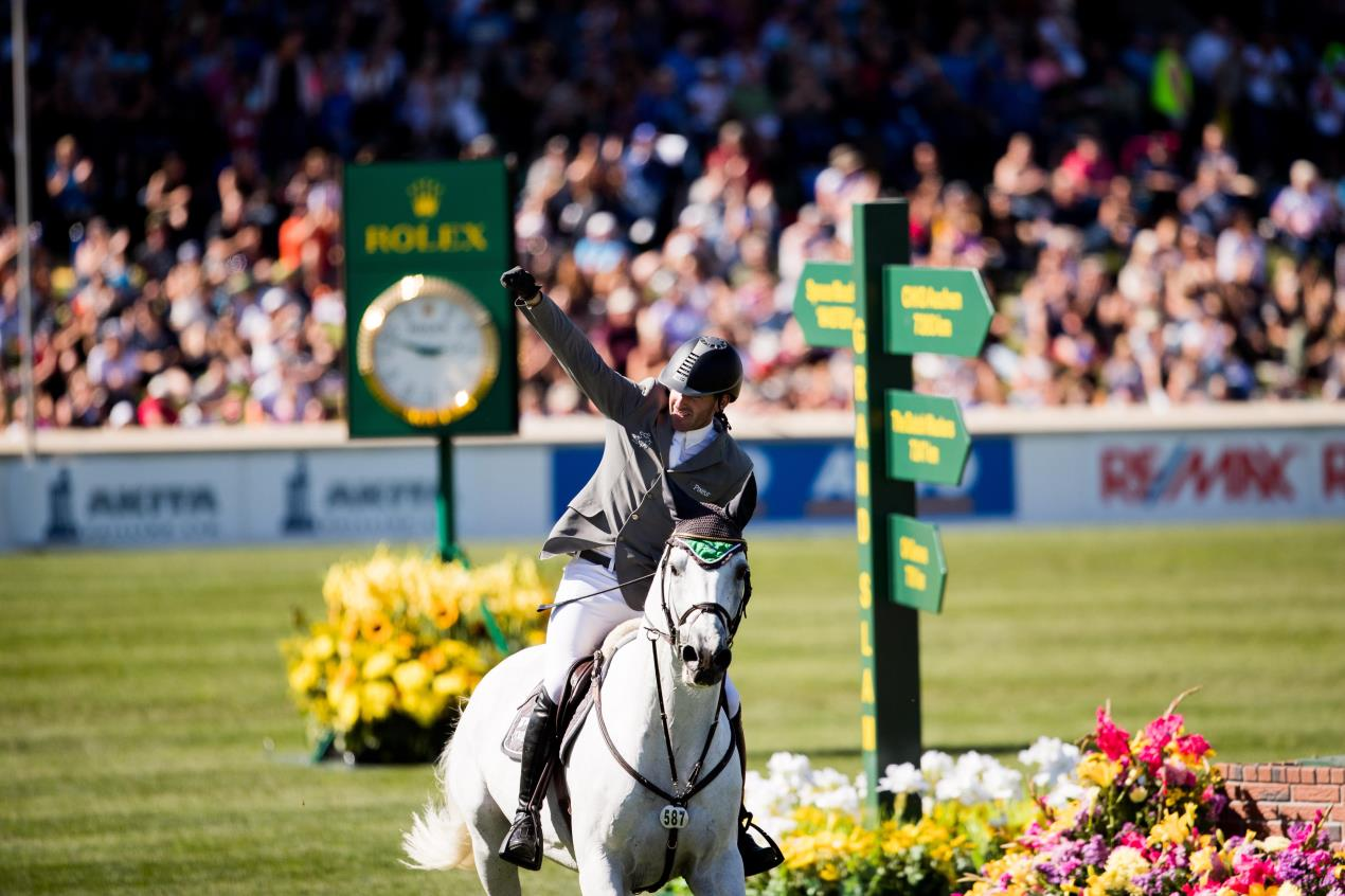 Weishaupt takes 1m50 class in Spruce Meadows