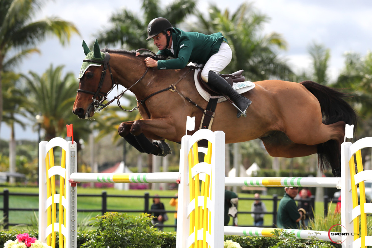 Kevin Babington remains in hospital after  fall at Hampton Classic Horse Show
