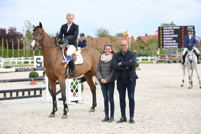 Victory for Dennis van den Brink and Aonia Domain in 1.45m LR Oliva Nova