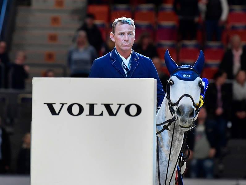 Peder Fredricson speeds to opening victory in Gothenburg