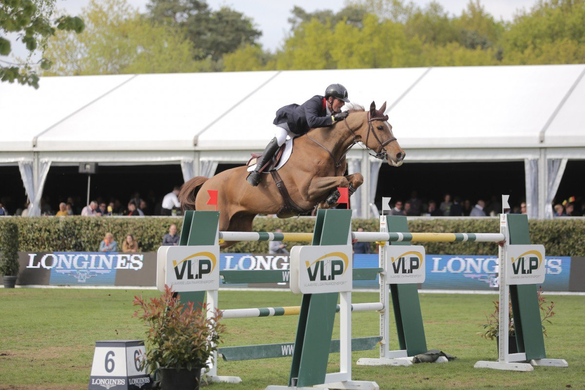 Guy Williams pilots Rouge de Ravel to first place in Hicksteads CSI4* 1,45m