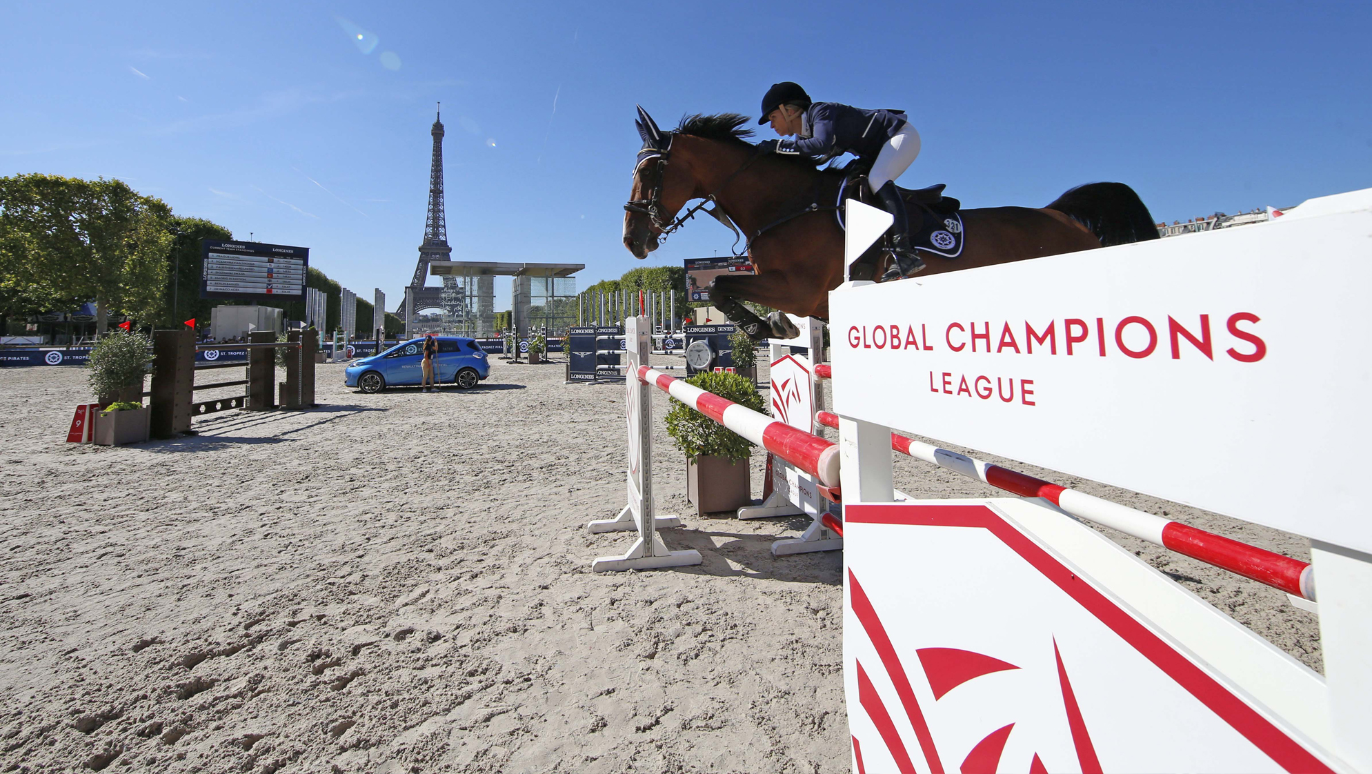 St Tropez Pirates Take the Helm at GCL Paris