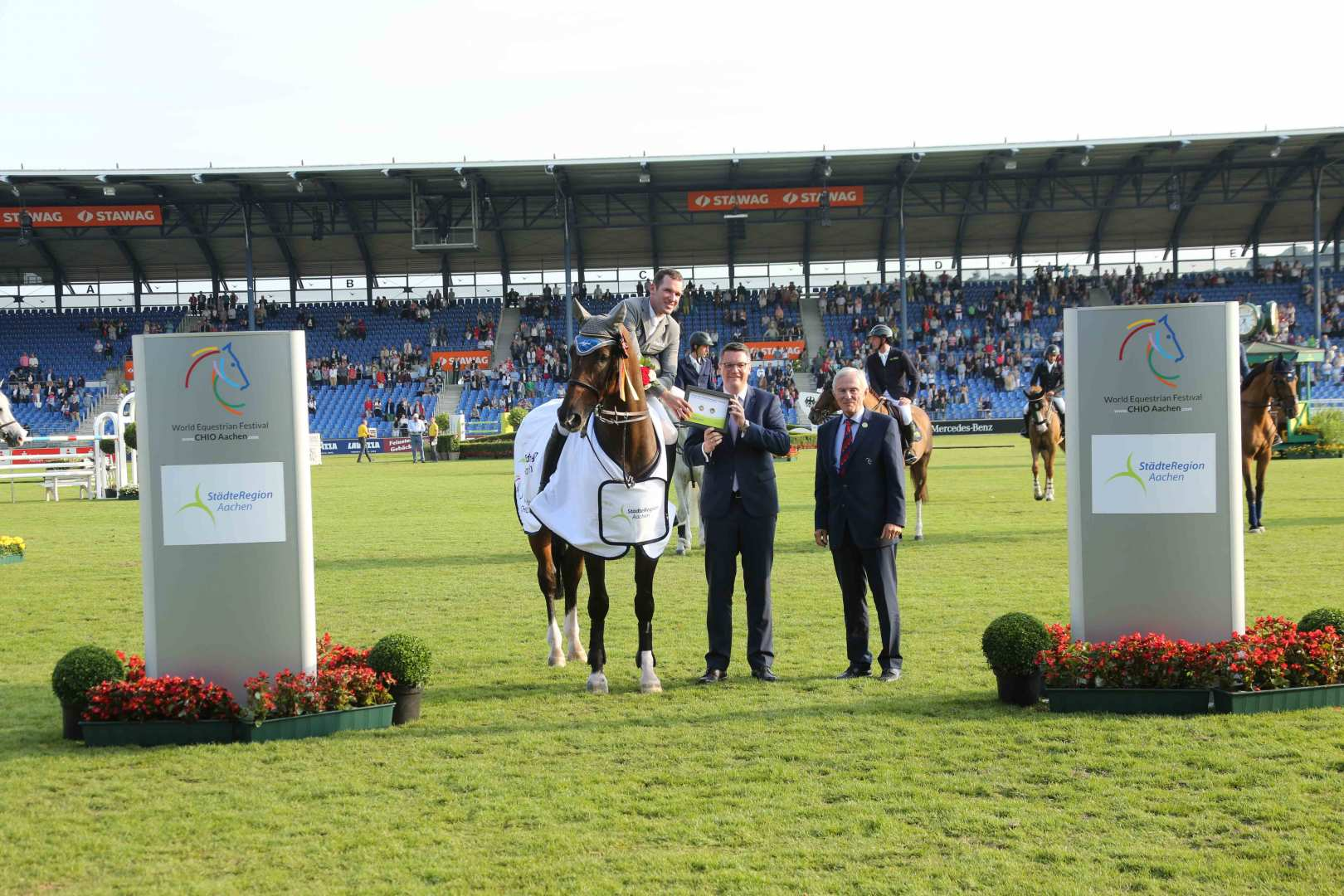 Philipp Weishaupt scores a victory in Aachen