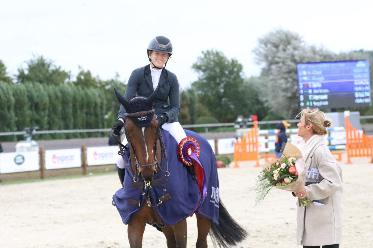 Kara Chad speeds to victory in CSI5* Waregem