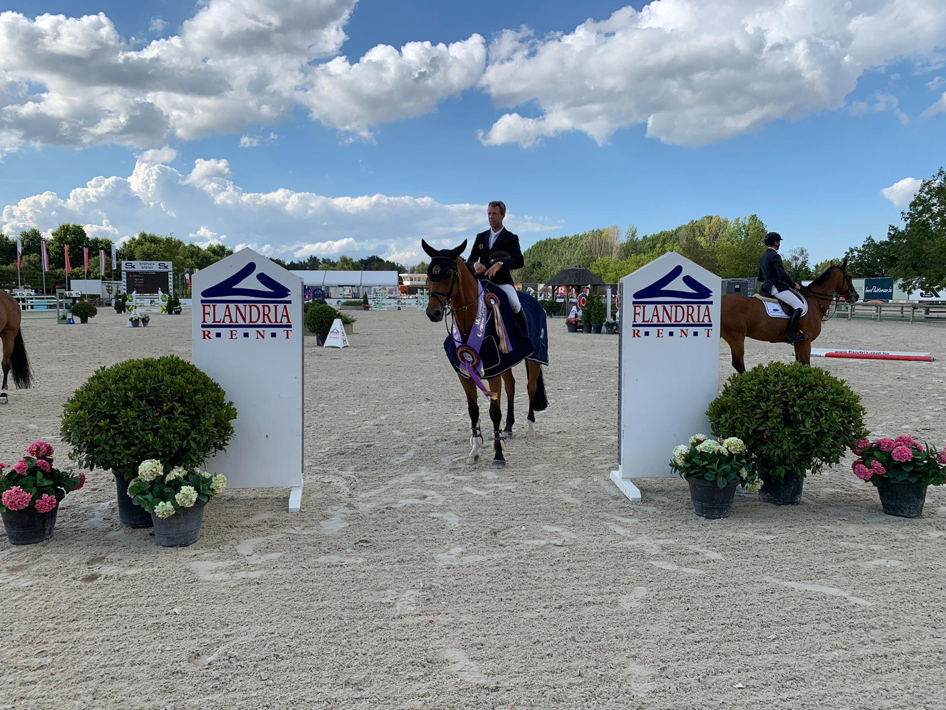 Maikel van der Vleuten unbeatable in CSI3* Grand Prix of Lier