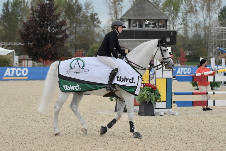 Katie Laurie shines in $37,000 Artisan Farms Welcome CSI2*