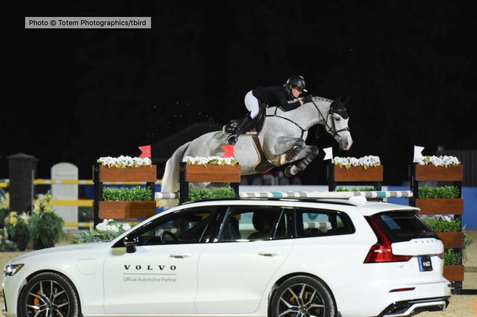 Katie Laurie is perfect in primetime $37,000 CSI2* Volvo Canada 1.45m