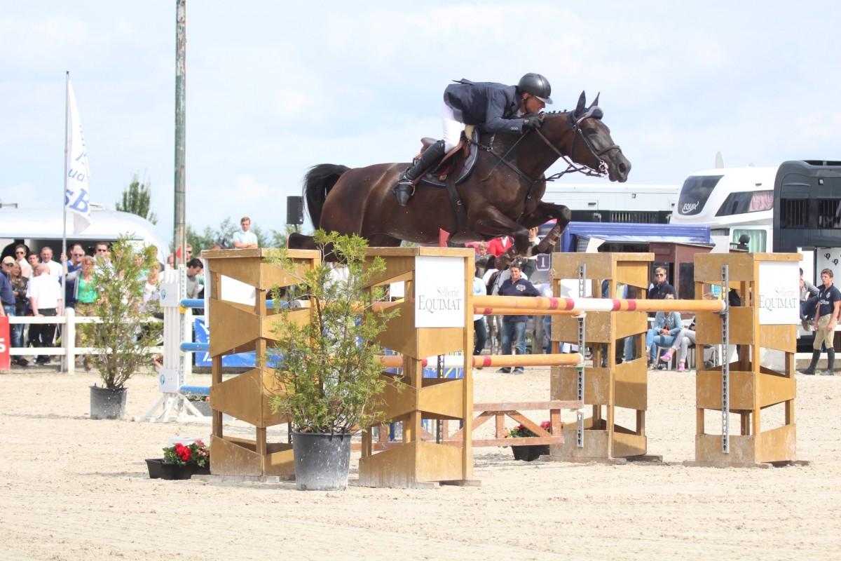 Charlyne Vanhoof remporte victoire à Basècles