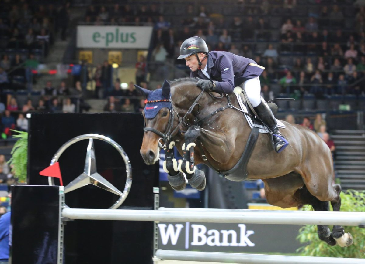 Michael Jung wins the Grand Prix in Mannheim