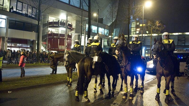 Politiepaarden verdwijnen uit Haagse straatbeeld