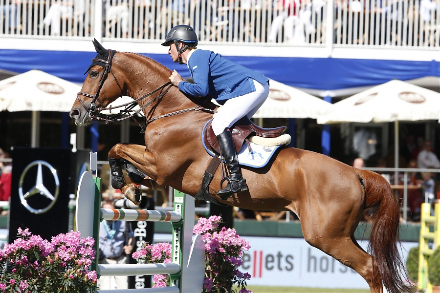 Christian Ahlmann pilots Take A Chance On Me Z to incredulous victory in GCL Grand Prix of Paris