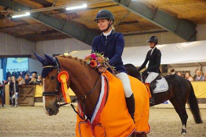 Hester Klompmaker schittert op CH Eext