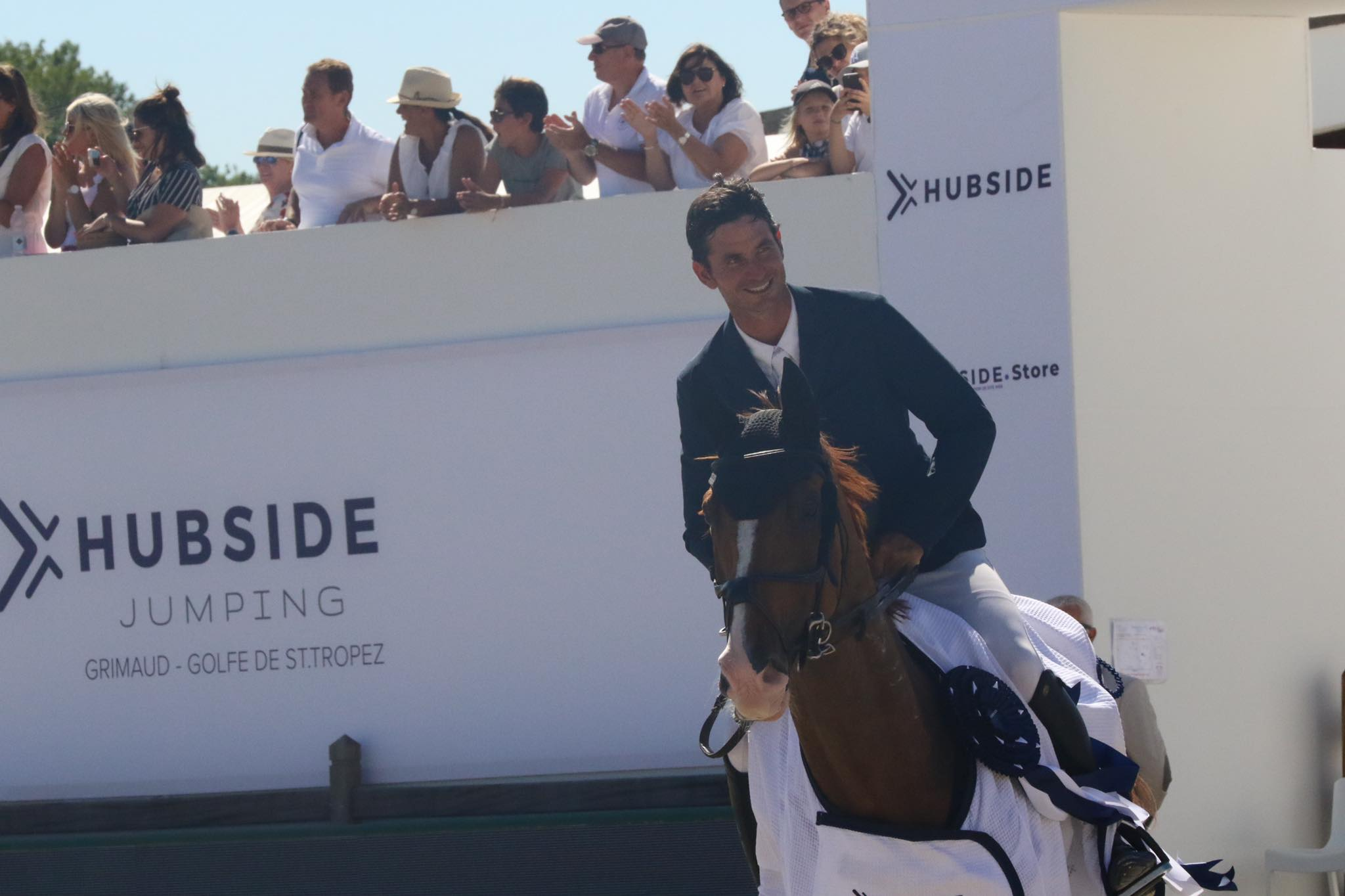 Steve Guerdat remains on top of Longines Ranking